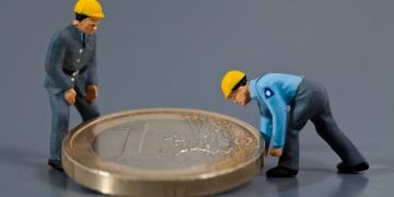 Software gezondheid veiligheid voor werknemers: Eenmalige en vaste licentievergoeding